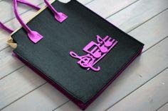 Nota çantamızın fiyatı 25 TL dir. dilediğiniz her renk ve boyutta yapılabilmektedir. sipariş için : gzdeabay@hotmail.com dan benimle irtibata geçiniz :)