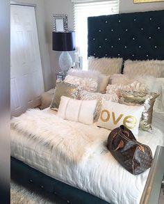 ♕|lips_mwah|♛ Cozy Bedroom, Closet Bedroom, Bedroom Inspo, Master Bedroom, Bedroom Decor, Bedroom Ideas, Fluffy Pillows, House Rooms, Dream Rooms