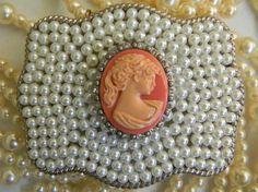 MONIQUE Women Silver Crack Stitching Edged Rhinestone Floral Buckle 1.5 Belt