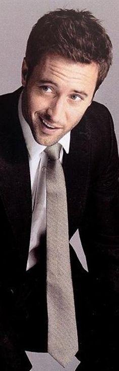 Alex O'Loughlin- most attractive man alive