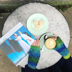 Day 16 | Time to Relax!  Today I'm treating myself to some time out with @selvedgemagazine  accompanied by coffee & mini rhubarb cupcakes in @violetcakeslondon 's back garden. BLISS! #hackneyhandwarmers in #aqua available in our online shop (link in profile)  #coffee #coffeebreak #timeforcake #selvedge #londoncafes #hackney #london #cupcakes #knitted #fashion #accessories #textiles #handmade #handknitted