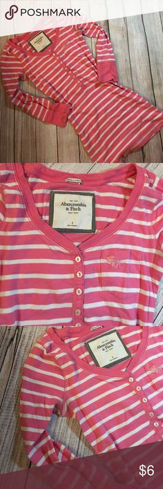 Abercrombie long sleeve top/ tee size Small/pink💞 Signs of  normal wear. no stains, no holes!💞 Abercrombie & Fitch Tops Tees - Long Sleeve