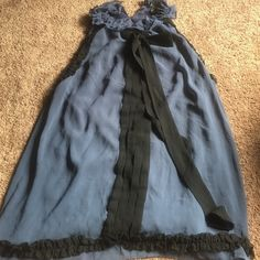 Parisian top Ruffled pattern around the top. Pictures show a very good description. Lined on the inside. Forever 21 Tops Tank Tops