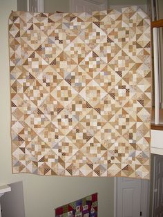 Neutral Quilt 1 we give credit to Alex Anderson Scrappy Quilts, Baby Quilts, Neutral Baby Quilt, Low Volume Quilt, Wall Decor Design, Antique Quilts, Craft Storage, Quilting Designs, Neutral Colors