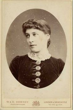 Lillie Langtry as a victorian society beauty