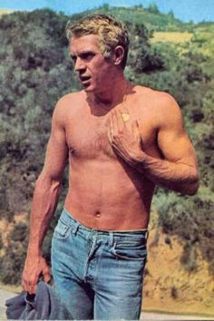 """I live for myself and I answer to nobody."" –Steve McQueen .... My kind of guy ♥"