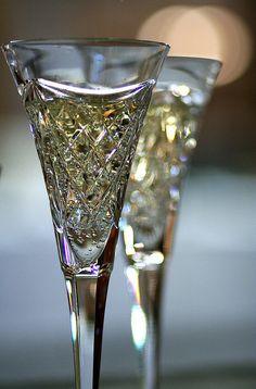 Happy New Year ~ Champagne Toast Crystal Glassware, Waterford Crystal, Champagne Glasses, Champagne Party, Champagne Toast, Gold Champagne, Sparkling Wine, Fine China, Krystal