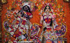 To view Radha Parthasarathi Wallpaper of ISKCON Dellhi in difference sizes visit - http://harekrishnawallpapers.com/sri-sri-radha-parthasarathi-iskcon-delhi-wallpaper-013/