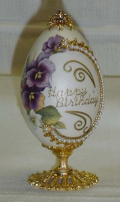 Birthday pansy egg