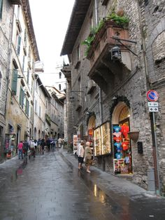 Assisi - this is a wonderful place to spend some time.