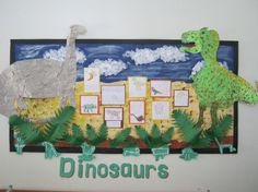 Dinosaurs Classroom Show. This can be a implausible classroom show concept – excellent for any dinosaur or historical past matter! Create a free Twinkl account. Dinosaur Bulletin Boards, Dinosaur Classroom, Dinosaur Theme Preschool, Dinosaur Activities, Classroom Board, Dinosaur Crafts, Classroom Games, Class Displays, Museum Displays