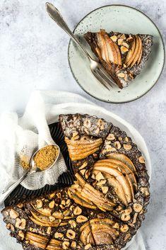 Hruškový koláč s čokoládou Gluten Free Baking, Pound Cake, Coffee Cake, Nutella, Sweet Recipes, Food And Drink, Pie, Sweets, Breakfast