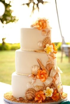 Perfect blend of Fall and destination beach wedding :)