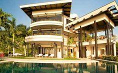 Wavefront Estate: dramatic contemporary home at Guanacaste.  http://costaricamilliondollarhomes.com/Casa-Wavefront-Estate/index.html
