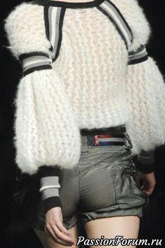 Knitwear Fashion, Crochet Fashion, Mode Crochet, Knit Crochet, Knit Art, Fashion Details, Fashion Design, Knitting Wool, Mohair Sweater