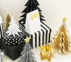 Origami is a fun activity which all ages can do. For kids, this activity is like playing. On the other hand, for the adults, making origami can be used as an ice-breaker or stress reliever after working hard. There are plenty of origami patterns which. Origami Christmas Tree, Paper Christmas Ornaments, Christmas Ornament Crafts, Noel Christmas, Diy Christmas Gifts, Christmas Tree Decorations, Cheap Christmas, Black Christmas, Table Decorations