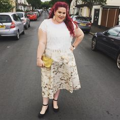 Wearing @elviclothing Prima collection over on the blog today, in cream and gold. Go check it out - link in my bio.  #psootd #psblogger #plussizeblogger #fatshion #plussizeootd #ootd #fblogger #curly #plussize #plussizefashion #bodypositive #honormycurves  #fullfigured #psfashiongawds #fullfiguredfashion  #fatshionista #faceyourcurves  #iamfullfiguredfierce  #voluptuous #psbloggers  #plus_isamust #effyourbeautystandards #30plusstyle #curvyfashion #fatandfabulous #buzzfeedstyle #plussizemag…