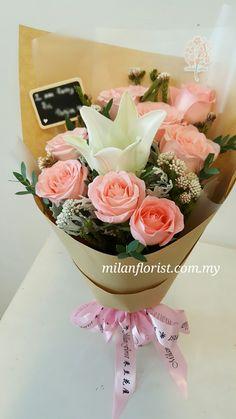 圣诞ing, 你愿意做 T A 的圣诞老人吗? Find On What Christmas Gift To Prepare? Shop With Us & Find What You Love! - milanflorist.com.my #圣诞花饰,#圣诞礼物,#花束  #ChristmasGift,#ChritsmasFlowers,#ChristmasIdea,#Flower,#MilanStyle,#milanflorist,#MFMA 米兰花屋 Milan Florist Mount Austin Tel:016-7677027/016-7704487 www.milanflorist.com.my