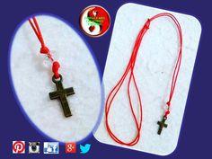 Sencillo collar cruz en hilo chino rojo! WhatsApp 0424 132.98.81 #Caracas