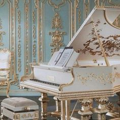 piano, gold, and music image Classy Aesthetic, Angel Aesthetic, Music Aesthetic, Beige Aesthetic, Aesthetic Photo, Baroque Architecture, Beautiful Architecture, Classical Architecture, Princess Aesthetic