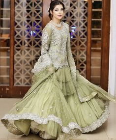 Therefore, it mainly depends on their selection. The fact is that their preferences greatly differ, which also depicts their personality. Sarara Dress, Walima Dress, Pakistani Formal Dresses, Pakistani Wedding Outfits, Pakistani Wedding Dresses, Bridal Outfits, Indian Dresses, Fancy Dress Design, Stylish Dress Designs