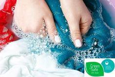Öko-takarítás kisokos - mit tud a mosószóda? Candle Wax, Candles, How To Wash Silk, Expensive Clothes, White Fabrics, Bubble Gum, Silk Fabric, Save Yourself, Delicate