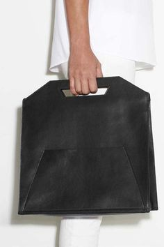 These Bags Might Finally Make Minimalists Out Of Us #refinery29  http://www.refinery29.com/2014/01/61398/imago-a-bags#slide13:
