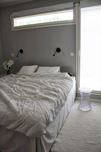 Nordic bedroom white grey black MAKUUHUONE