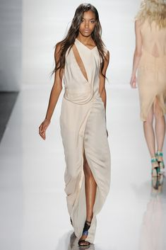 J. Mendel Spring 2012 Ready-to-Wear Fashion Show - Jourdan Dunn