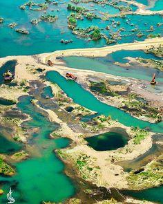 Jhelum river Pakistan  Photo by The Dragon Flyer.