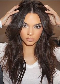 Kendall's Everyday Mascara Routine | 6 Beauty Tricks From the Kardashians you Should Keep Up With |  http://www.hercampus.com/beauty/6-beauty-tricks-kardashians-you-should-keep