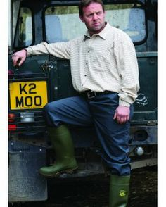 Dickies Reaper Trousers http://www.dickiesstore.co.uk/dickies-workwear/workwear-trousers/dickies-reaper-trousers/TR41500