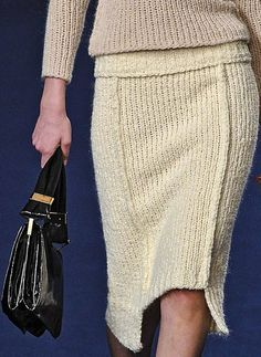 Sonia Rykiel Exposed Seams for Fall Crochet Skirts, Knit Skirt, Knit Dress, Knit Crochet, Knitwear Fashion, Crochet Fashion, Sonia Rykiel, Glamorous Chic Life, French Fashion Designers