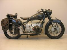 Yesterdays antique motorcycles buying and selling antique motorcycles and related items Antique Motorcycles, Motorcycle Manufacturers, Selling Antiques, Classic Bikes, Custom Bikes, Bicycle, Vehicles, Archive, Stuff To Buy