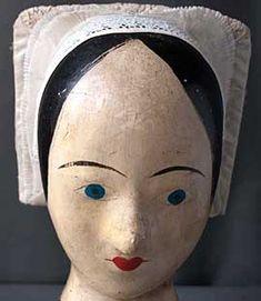 Garibaldi • St-Hilaire La Palud.  Like her hat.