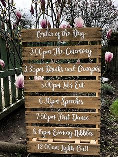 Order of the day wedding pallet is part of Pallet wedding Let your guests know what to expect with one our order of the day mini pallets The perfect addition to your wedding decor This reclaimed - Wedding Ceremony Ideas, Barn Wedding Decorations, Wedding Signage, Wedding Tips, Wedding Venues, Wedding Planning, Wedding Day, Dream Wedding, Autumn Wedding