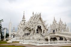 White palace temple. Been here in Thailand.
