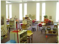 Article on simple classrooms vs. overly decorated classrooms