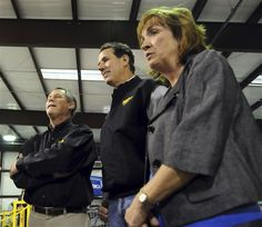 32 #prezpix #prezpixrs election 2012 candidate: Rick Santorum publication: abc news photographer: AP Photo publication date: 3/8/12