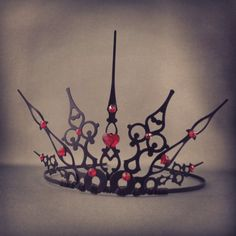 Gothique Hearts Filigree Gothic Queen of Hearts by angelyques Is it wrong for me to love this so much???