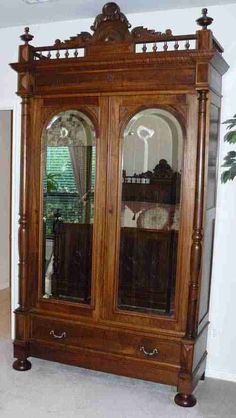 French armoire 1880s excellent condition