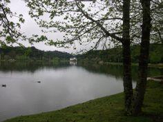¡Un lugar para contemplar, correr, ir en bicicleta, leer! Llamase Lago São Bernardo en mi ciudad que és São Francisco de Paula.