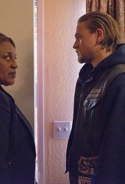 Sons Of Anarchy Season 6 Finale Online Free. Jax has to handle some unhappy customers as the weapon deal goes through Mike's organization. Meanwhile, Tara finds a way to avoid jail without giving up the MC.