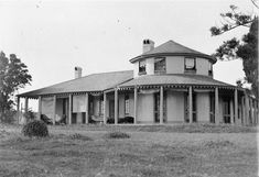 Bungarribee House, Doonside, NSW Australia was built on sacred Aboriginal land by Major John Campbell in 1824. The  homestead was built by convicts, many of whom died during the construction. As the house was nearing completion in 1826, Campbell's wife died and a year later so did Campbell. Following Campbell's death, the house was auctioned and was bought by Thomas Icely. The property was used as a horse stud. Iceley's wife claimed there was an evil prescence in the house and refused to… Spooky Places, Haunted Places, Aboriginal History, Scary Things, Scary Stuff, Australian Homes, Local History, Sydney Australia, Beautiful Buildings