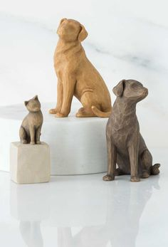 Willow Tree Pets Join the Family Willow Figurines, Willow Tree Figures, Willow Tree Angels, Food Coloring Mixing Chart, Willow Tree Family, Tree People, Wood Carving Designs, Willow Creek, Tree Sculpture