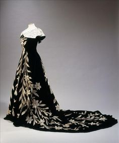 Black with Embroidered Flowers and a Train Evening Dress - House of Worth, 1896