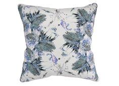 laurel forest – punta pillow   ESKAYEL