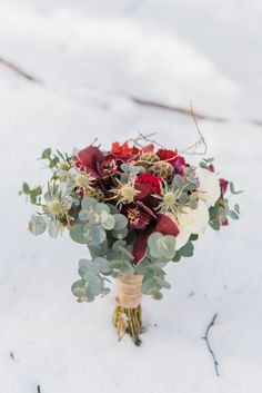 Alpine Snowy Engagement at the Vermion Mountains, no, not Vermont from the Sates, but close enough! What better than to enjoy this snowy hygge love story? Winter Engagement, Engagement Session, Floral Wreath, Mountains, Floral Crown, Bergen, Flower Crowns, Flower Band, Garland