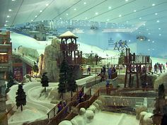 Snow land in the Mall of Emirates