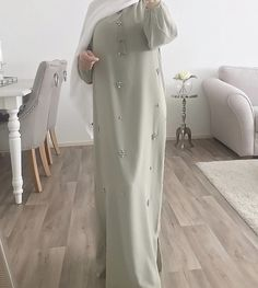 Fashion Tips Hijab .Fashion Tips Hijab Hijab Style Dress, Modest Fashion Hijab, Modern Hijab Fashion, Modesty Fashion, Hijab Fashion Inspiration, Islamic Fashion, Abaya Fashion, Muslim Fashion, Modest Outfits